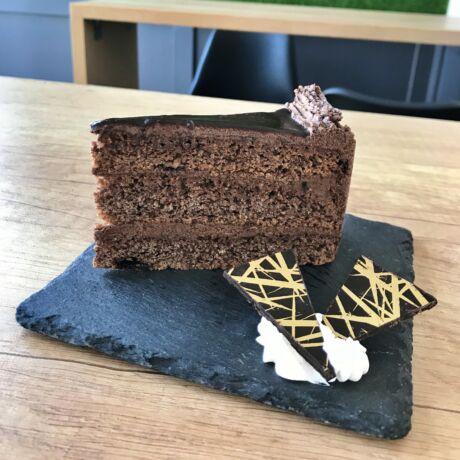 Csokoládé torta szelet