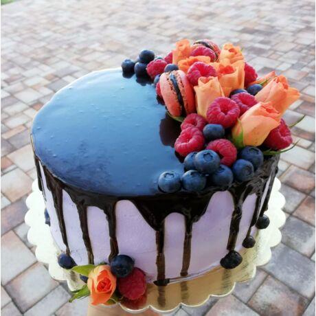Feketeerdő torta extra gyümölccsel
